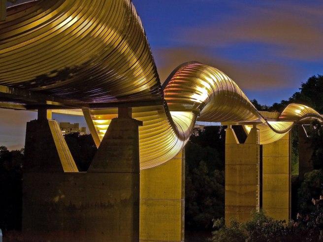 henderson-waves-bridge