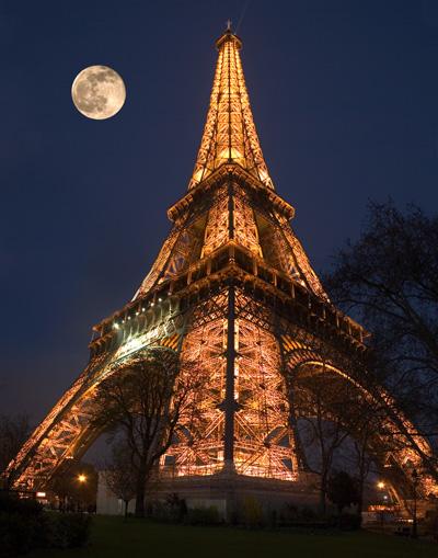 Eiffel Tower by sodahead-com
