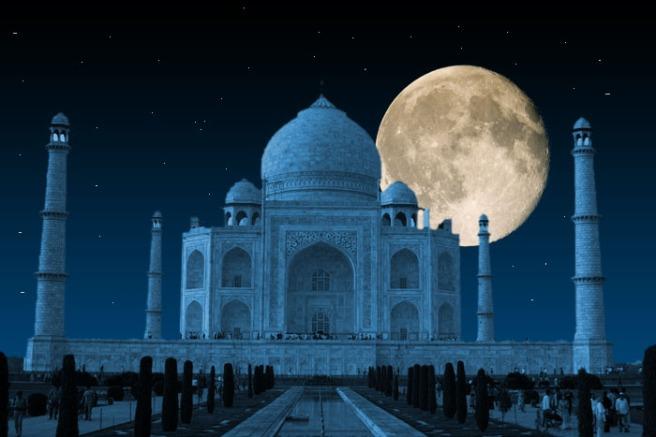 Taj Mahal, India (amazingworldview-com)