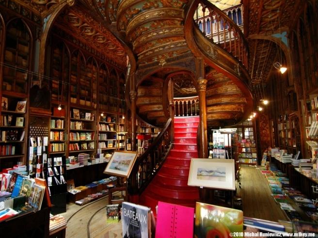 Livraria Lello Bookstore, Porto, Portugal