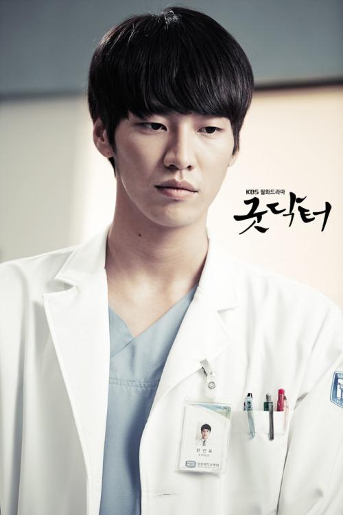 Kim Yong Kwang3