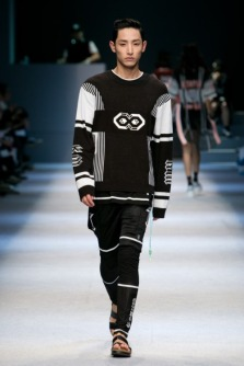 Image result for lee soo hyuk runway model